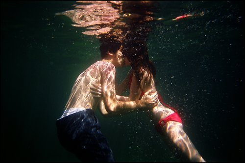 4_kissing-is-like-drugs