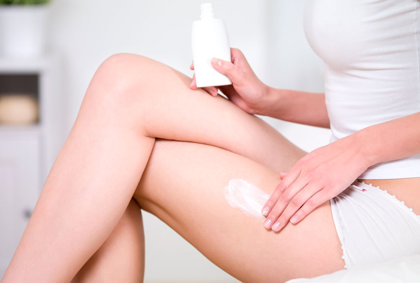 5-woman-lotion-leg-xl