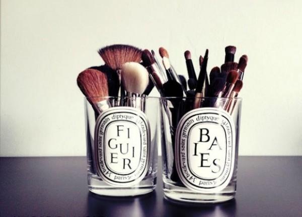 Pinterest-Makeup-brush-storage