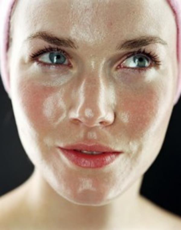 Oily-face-1-237x300 (Copy)