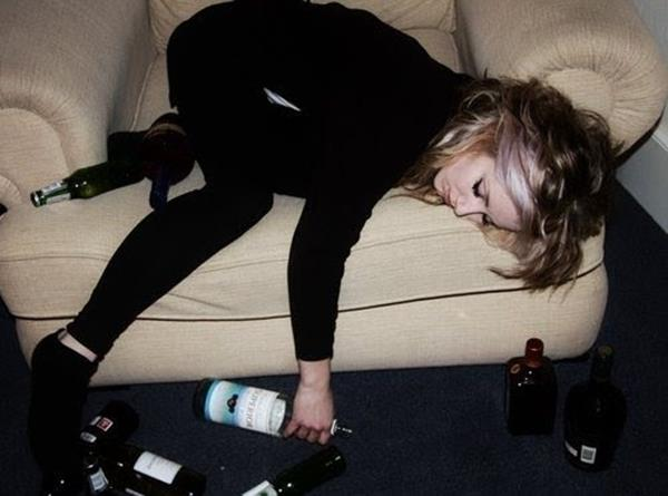 cute-drunk-girl-photography-Favim.com-139206 (Copy)