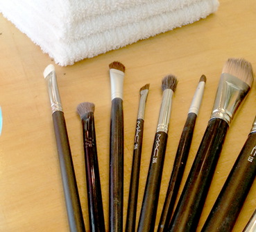 cleaning-makeup-brushes-13
