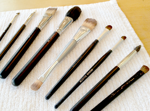cleaning-makeup-brushes-5
