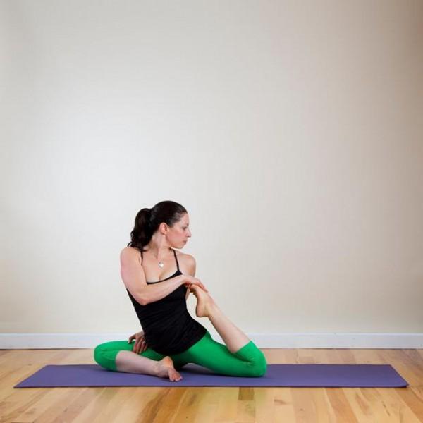Yoga-Twist-Poses-Back-Spine