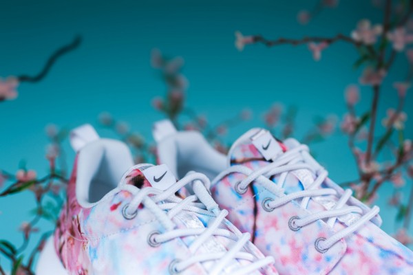 nike-wmns-cherry-blossom-collection-21