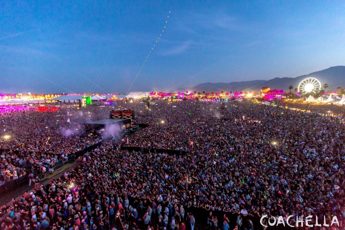 Coachella-2015-Weekend-2-Photo-Gallery-9-1200x800