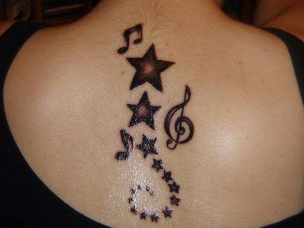 back-star-tattoo