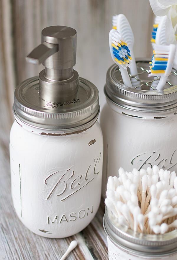 mason-jar-crafts-painted-distressed-bathroom-organizer-soap-dispenser-toothbrush-holder-11-of-11 (Copy)