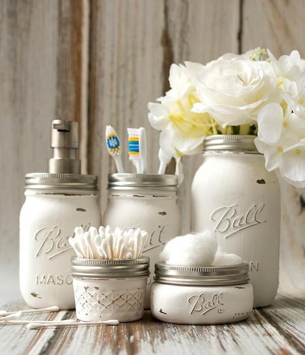 mason-jar-crafts-painted-distressed-bathroom-organizer-soap-dispenser-toothbrush-holder-2-3-of-3-768x893 (Copy)