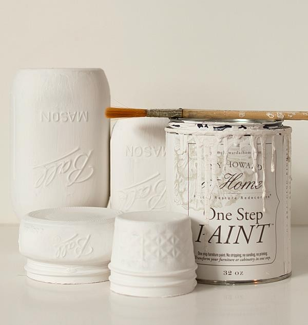 mason-jar-crafts-painted-distressed-bathroom-organizer-soap-dispenser-toothbrush-holder-5-of-11 (Copy)