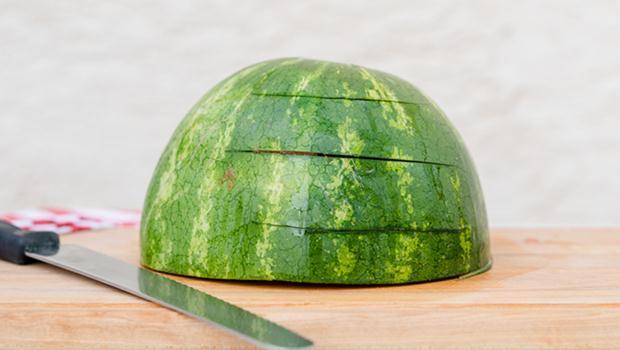 2016-04-21-watermelon-1-680x384