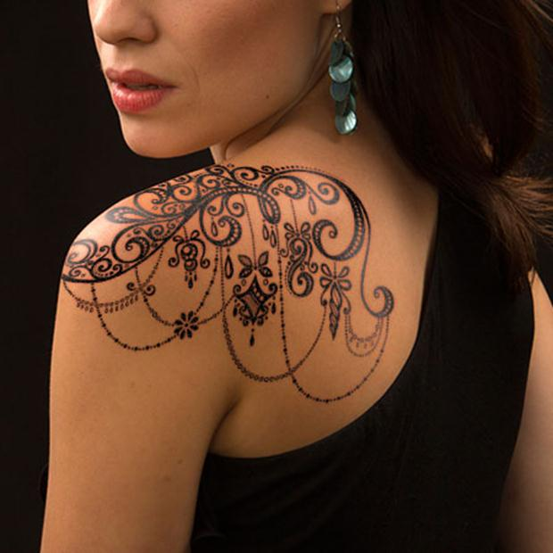 ornamental-lace-tattoo-on-shoulder