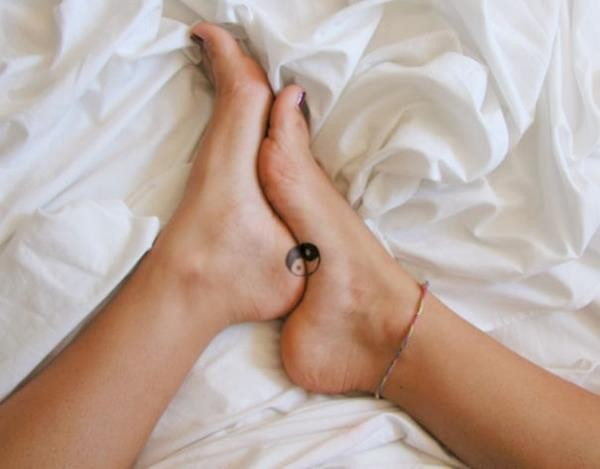 tiny-foot-tattoo-ideas-91-57514e5cbc395__605 (Copy)