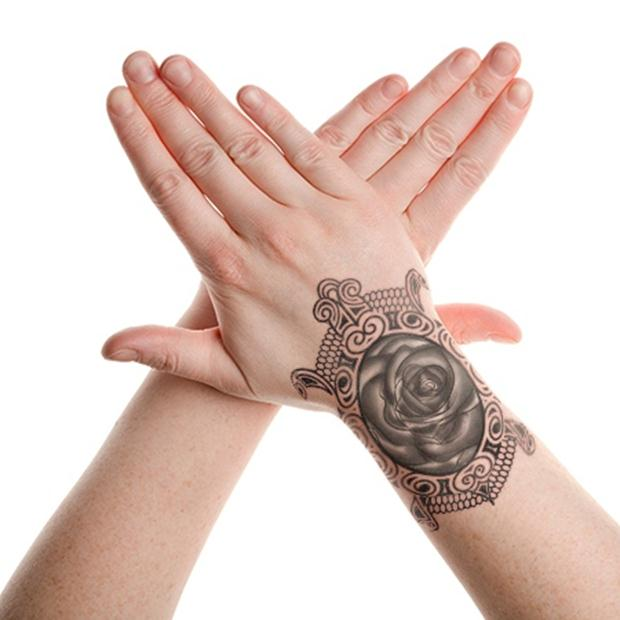 tribal-turtle-lace-tattoo-on-hand (1)