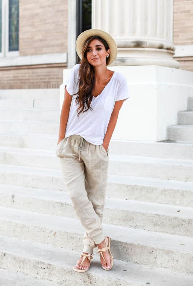 1.-jogger-pants-with-basic-tee