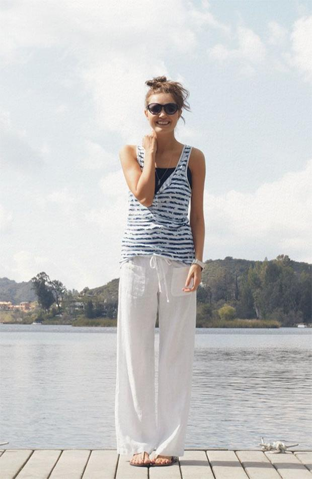 white-linen-pants-for-the-beach